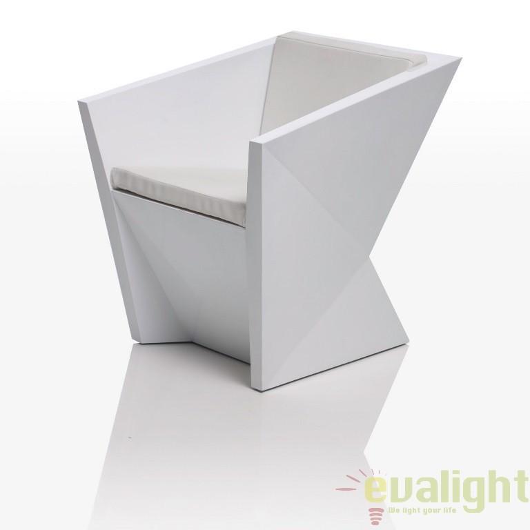 Fotoliu-scaun lounge design modern, exterior, interior, FAZ ARMCHAIR 54015 Vondom, Fotolii - Fotolii extensibile, Corpuri de iluminat, lustre, aplice a