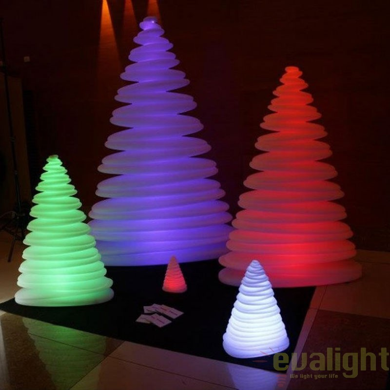 Brad Decorativ CHRISMY 1m ILUMINAT LED RGB, 49073L Vondom, Iluminat design decorativ , Corpuri de iluminat, lustre, aplice, veioze, lampadare, plafoniere. Mobilier si decoratiuni, oglinzi, scaune, fotolii. Oferte speciale iluminat interior si exterior. Livram in toata tara.  a