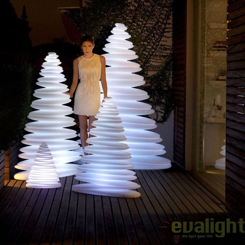 Brad Decorativ CHRISMY 0,5m ILUMINAT LED, 49070W Vondom, Iluminat design decorativ , Corpuri de iluminat, lustre, aplice, veioze, lampadare, plafoniere. Mobilier si decoratiuni, oglinzi, scaune, fotolii. Oferte speciale iluminat interior si exterior. Livram in toata tara.  a