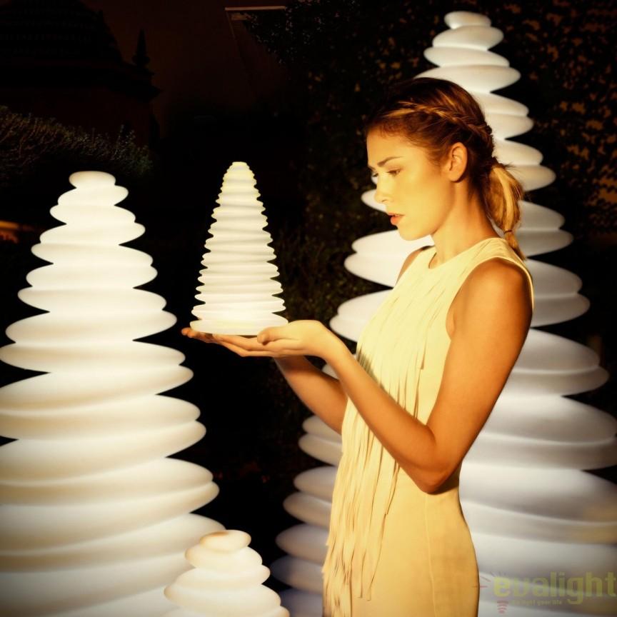 Brad Decorativ NANO CHRISMY ILUMINAT LED, 49069W Vondom, Iluminat design decorativ , Corpuri de iluminat, lustre, aplice, veioze, lampadare, plafoniere. Mobilier si decoratiuni, oglinzi, scaune, fotolii. Oferte speciale iluminat interior si exterior. Livram in toata tara.  a