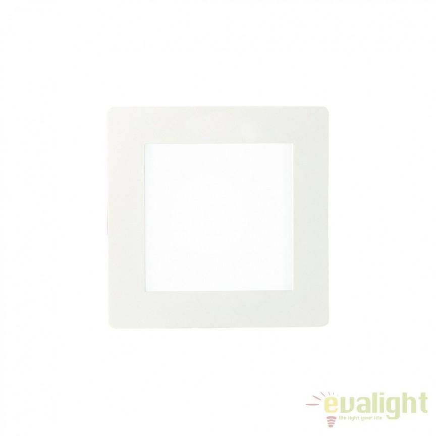 Spot incastrabil pt. tavan fals cu LED integrat GROOVE FI1 10W SQUARE 123981, Spoturi LED incastrate, aplicate, Corpuri de iluminat, lustre, aplice, veioze, lampadare, plafoniere. Mobilier si decoratiuni, oglinzi, scaune, fotolii. Oferte speciale iluminat interior si exterior. Livram in toata tara.  a