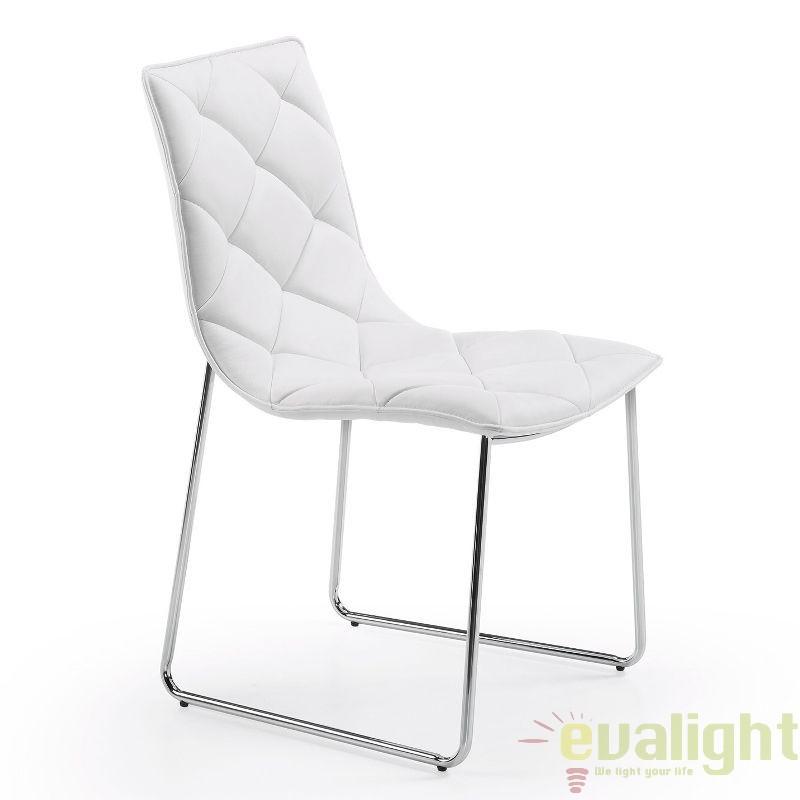 Scaun elegant din piele sintetica BAXTER alb C040U05 JG, PROMOTII, Corpuri de iluminat, lustre, aplice, veioze, lampadare, plafoniere. Mobilier si decoratiuni, oglinzi, scaune, fotolii. Oferte speciale iluminat interior si exterior. Livram in toata tara.  a