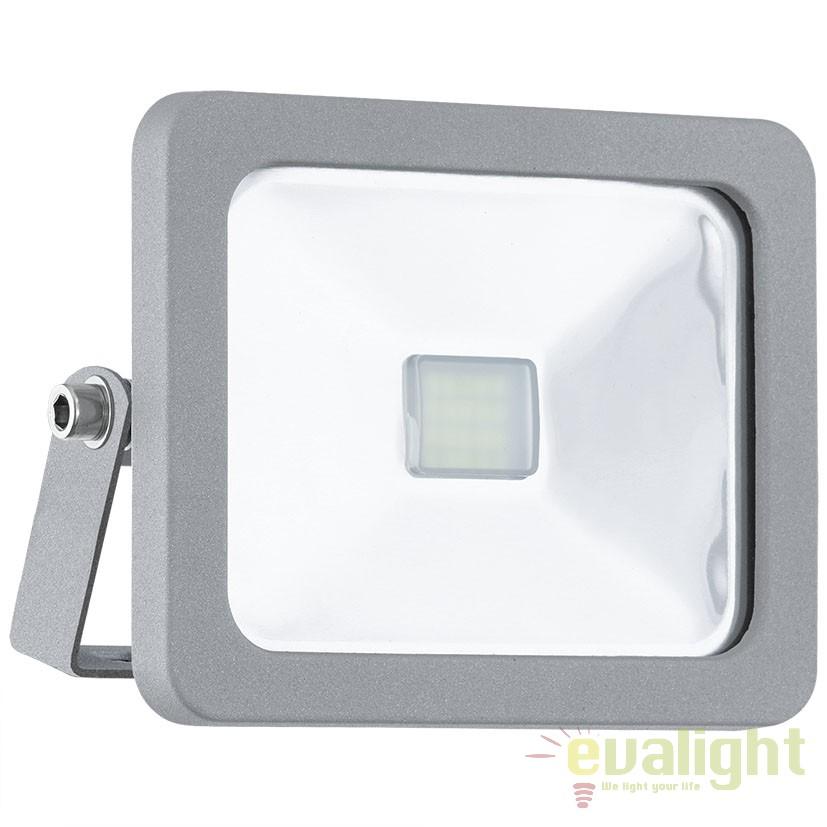 Proiector de exterior LED, protectie IP65, FAEDO 1 argintiu 95403 EL, Proiectoare de iluminat exterior , Corpuri de iluminat, lustre, aplice, veioze, lampadare, plafoniere. Mobilier si decoratiuni, oglinzi, scaune, fotolii. Oferte speciale iluminat interior si exterior. Livram in toata tara.  a