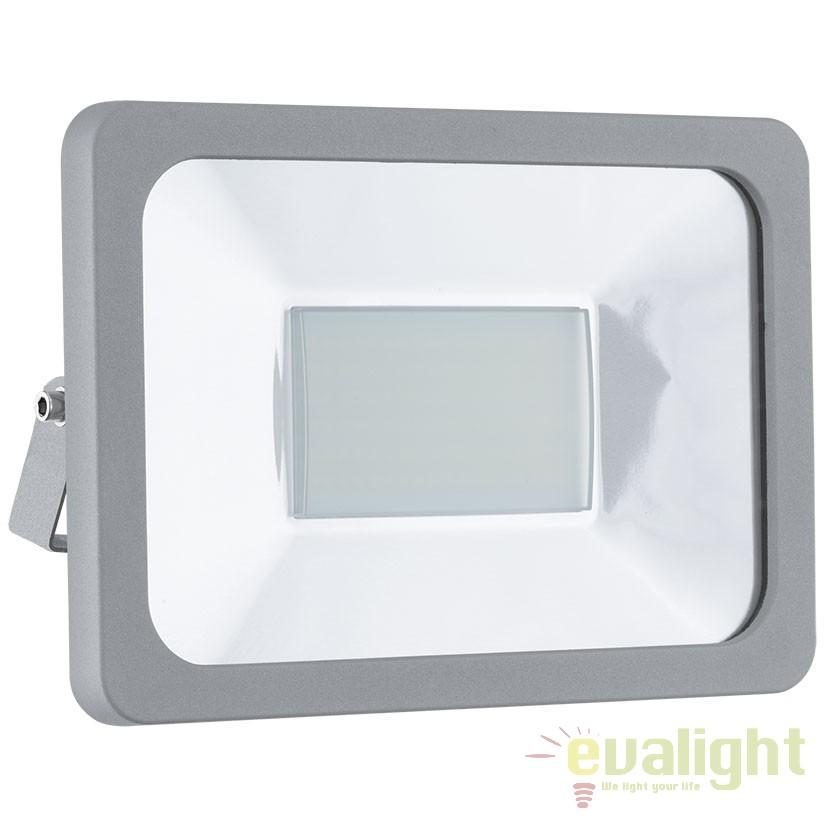Proiector de exterior iluminat LED, protectie IP65, FAEDO 1 argintiu 95406 EL, Proiectoare de iluminat exterior , Corpuri de iluminat, lustre, aplice, veioze, lampadare, plafoniere. Mobilier si decoratiuni, oglinzi, scaune, fotolii. Oferte speciale iluminat interior si exterior. Livram in toata tara.  a