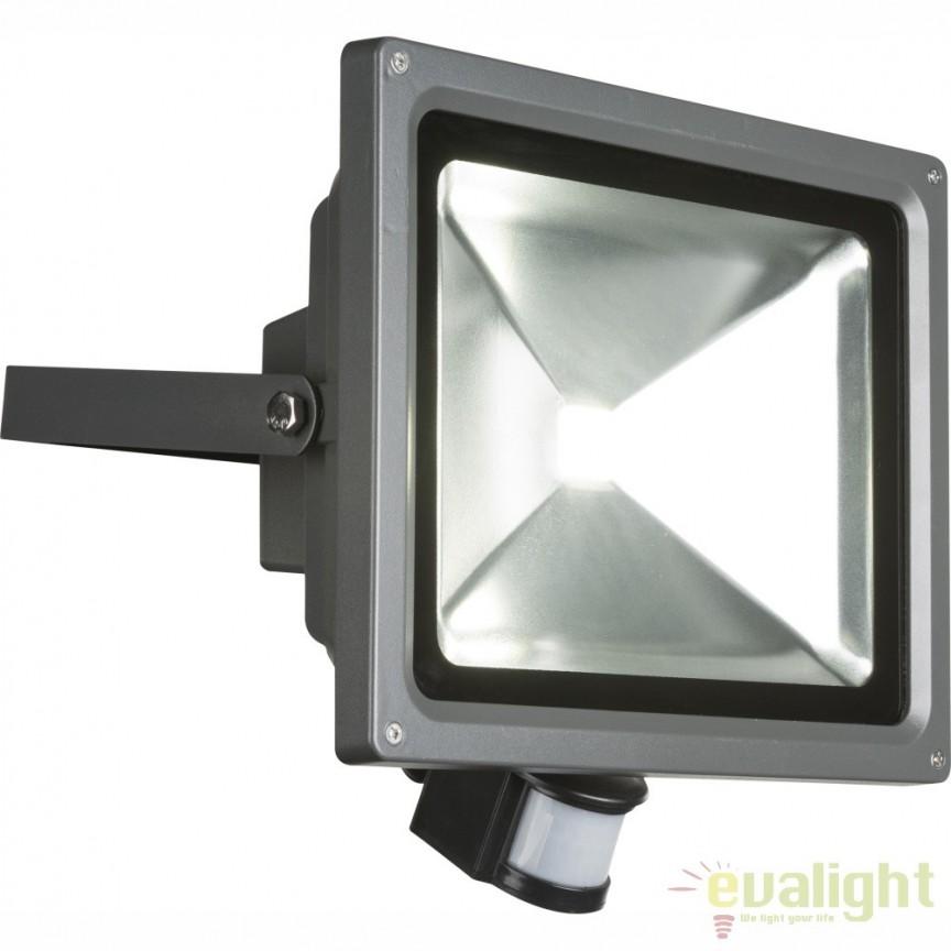 Proiector LED cu senzor de miscare si protectie IP44 PROJECTEUR 34117S GL, Proiectoare de iluminat exterior , Corpuri de iluminat, lustre, aplice, veioze, lampadare, plafoniere. Mobilier si decoratiuni, oglinzi, scaune, fotolii. Oferte speciale iluminat interior si exterior. Livram in toata tara.  a