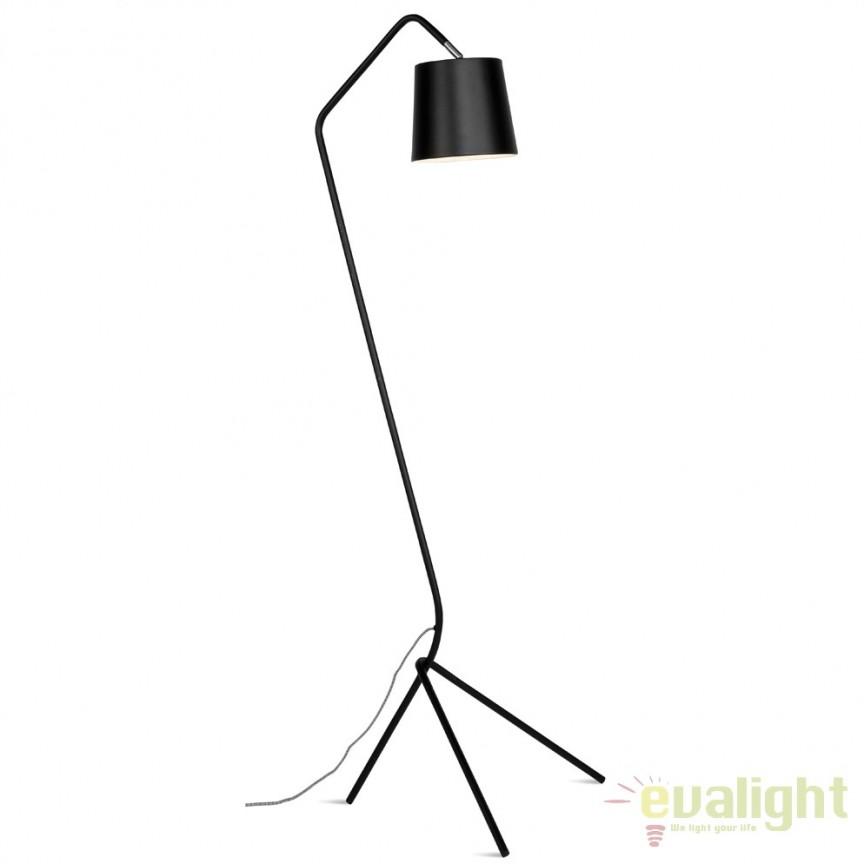 Lampadar modern din metal cu 3 picioare BARCELONA negru BARCELONA/F/B, Magazin,  a