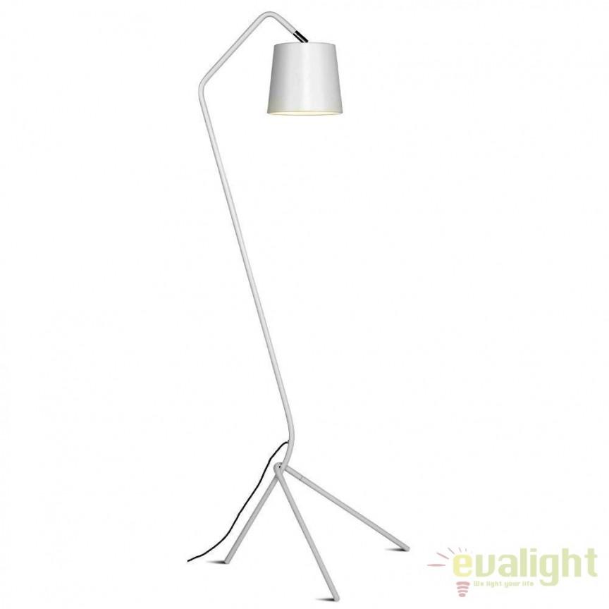 Lampadar modern din metal cu 3 picioare BARCELONA alb BARCELONA/F/W, Magazin,  a