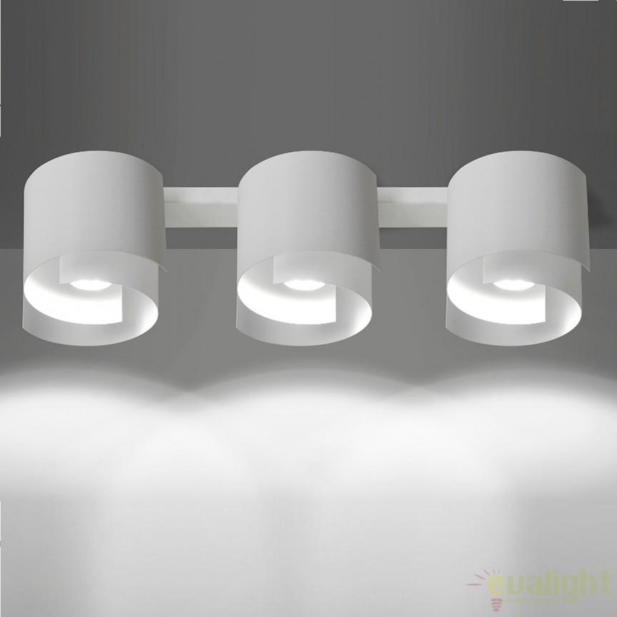 Spot aplicat STYLE III alba 925/3 EMB, Spoturi incastrate, aplicate - tavan / perete, Corpuri de iluminat, lustre, aplice, veioze, lampadare, plafoniere. Mobilier si decoratiuni, oglinzi, scaune, fotolii. Oferte speciale iluminat interior si exterior. Livram in toata tara.  a