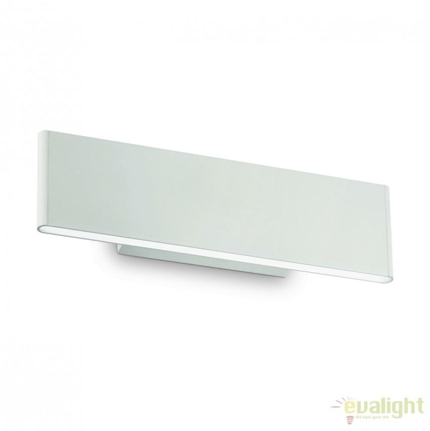 Aplica de perete design modern LED DESK AP2 BIANCO 138251, Aplice de perete LED, moderne⭐ modele potrivite pentru dormitor,living,baie,hol,bucatarie.✅Design premium actual Top 2020!❤️Promotii lampi❗ ➽ www.evalight.ro. Alege oferte la corpuri de iluminat cu LED pt tavan interior, (becuri cu leduri si module LED integrate cu lumina calda, naturala sau rece), ieftine si de lux, calitate deosebita la cel mai bun pret.  a