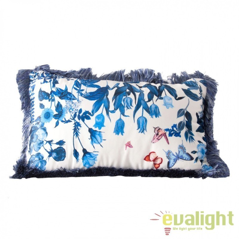 Perna design elegant albastra cu imprimeu floral 35x55cm Troyes 23304 VH, Perne - Fete de perne, Corpuri de iluminat, lustre, aplice, veioze, lampadare, plafoniere. Mobilier si decoratiuni, oglinzi, scaune, fotolii. Oferte speciale iluminat interior si exterior. Livram in toata tara.  a