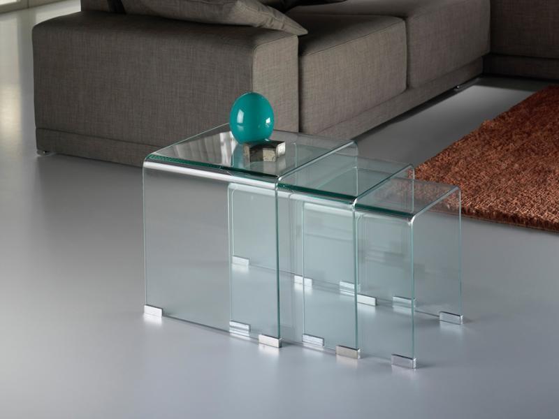 Set de 3 mese, dimensiuni diferite -Clear nesting tables- Glass 552283, Mobila si Decoratiuni interioare moderne de lux⭐ piese de mobilier modern cu stil exclusivist pentru casa✅ colectii dormitor si living.❤️Promotii la mobila si decoratiuni❗ Intra si vezi modele ✚ poze ✚ pret ➽ www.evalight.ro. ➽ sursa ta de inspiratie online❗ Idei si tendinte de design actual pentru amenajari premium Top 2020❗ Mobila moderna unicat cu stil elegant contemporan ultra-modern, accesorii si oglinzi decorative de perete potrivite pentru interior si exterior. Cele mai noi si apreciate stiluri la mobila si mobilier cu design original: stil industrial style, retro, vintage (boem, veche, reconditionata, realizata manual (noua nu second hand), handmade, sculptata, scandinav (nordic), clasic (baroc, glamour, romantic, art deco, boho, shabby chic, feng shui), rustic (traditional), urban minimalist. Alege cele mai frumoase si rafinate articole si obiecte decorative deosebite, textile si tesaturi scumpe, vezi seturi de mobilier modular pe colt pt spatii mici si mari, cu picioare din metal combinat cu lemn masiv, placata cu oglinda si sticla, MDF lucios de culoare alba, . ✅Amenajari interioare 2020❗ | Living | Dormitor | Hol | Baie | Bucatarie | Sufragerie | Camera de zi / Tineret / Copii | Birou | Balcon | Terasa | Gradina | Cumpara la comanda sau din stoc, oferte si reduceri speciale cu vanzare rapida din magazine la cele mai bune preturi. Te aşteptăm sa admiri calitatea superioara a produselor noastre live în showroom-urile noastre din Bucuresti si Timisoara❗  a