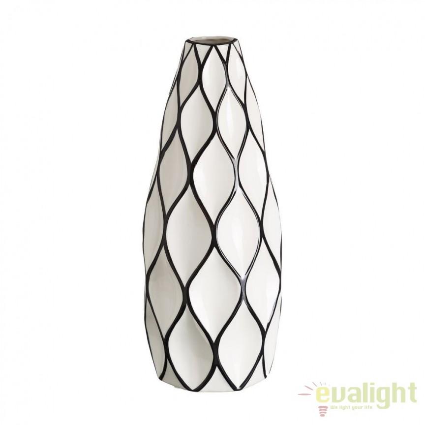 Vaza din ceramica Romb 48cm alb/ negru DZ-102860, Vaze, Ghivece decorative, Corpuri de iluminat, lustre, aplice, veioze, lampadare, plafoniere. Mobilier si decoratiuni, oglinzi, scaune, fotolii. Oferte speciale iluminat interior si exterior. Livram in toata tara.  a