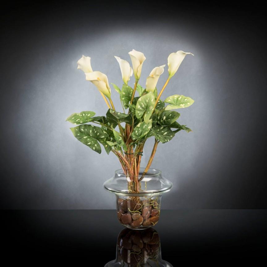 Aranjament floral design LUX ALFEO CALLA TRIS alb, Aranjamente florale LUX, Corpuri de iluminat, lustre, aplice, veioze, lampadare, plafoniere. Mobilier si decoratiuni, oglinzi, scaune, fotolii. Oferte speciale iluminat interior si exterior. Livram in toata tara.  a