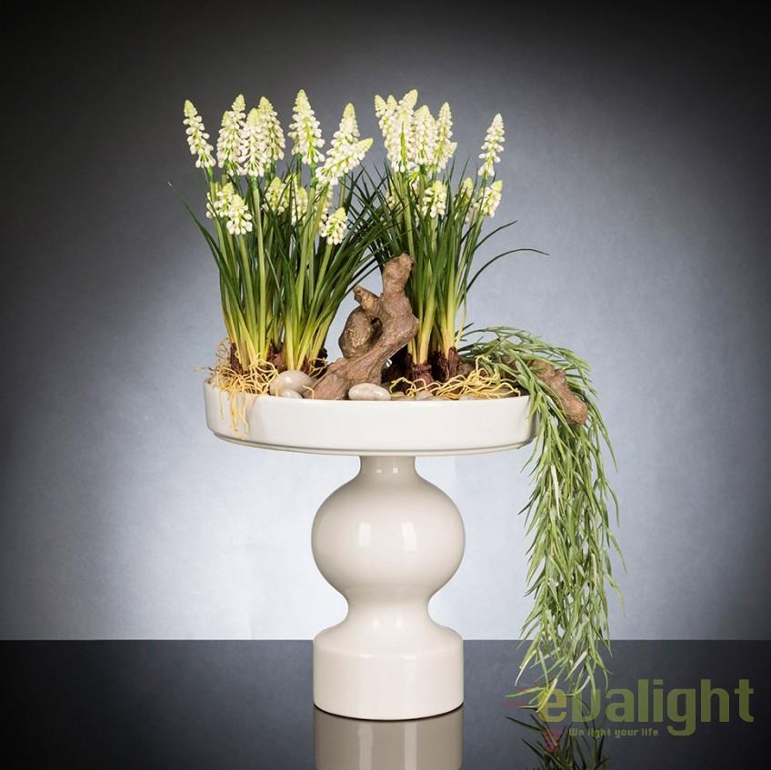 Aranjament floral design LUX MUSCARI, 30x60cm, Aranjamente florale LUX, Corpuri de iluminat, lustre, aplice, veioze, lampadare, plafoniere. Mobilier si decoratiuni, oglinzi, scaune, fotolii. Oferte speciale iluminat interior si exterior. Livram in toata tara.  a