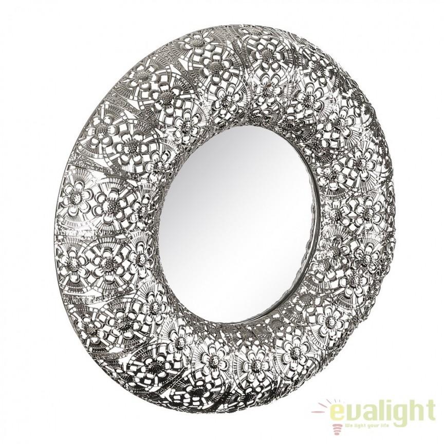 Oglinda de perete din metal finisaj argintiu PLATA, 38cm SX-103335 , Oglinzi decorative, Corpuri de iluminat, lustre, aplice, veioze, lampadare, plafoniere. Mobilier si decoratiuni, oglinzi, scaune, fotolii. Oferte speciale iluminat interior si exterior. Livram in toata tara.  a