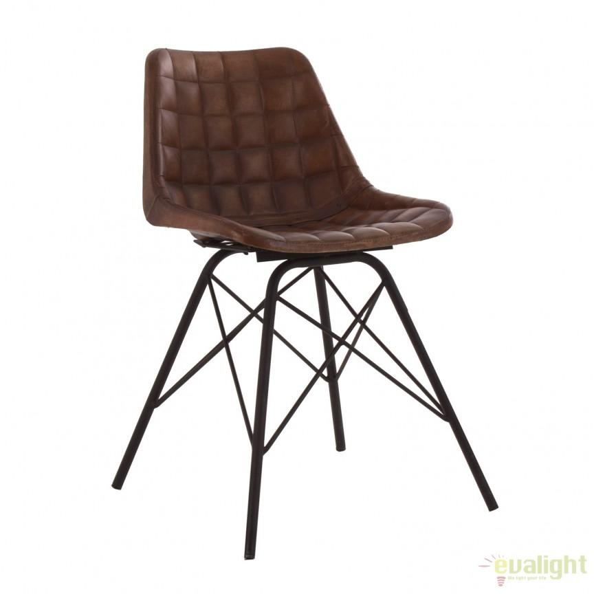 Set de 4 scaune design vintage cu tapiterie din piele naturala Mold 22647 VH, PROMOTII, Corpuri de iluminat, lustre, aplice, veioze, lampadare, plafoniere. Mobilier si decoratiuni, oglinzi, scaune, fotolii. Oferte speciale iluminat interior si exterior. Livram in toata tara.  a
