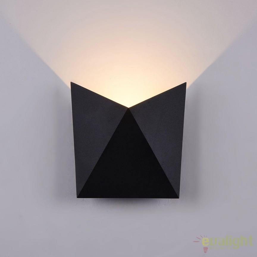 Aplica de exterior cu protectie IP54, LED Beekman negru MYO802WL-L7B , Magazin, Corpuri de iluminat, lustre, aplice, veioze, lampadare, plafoniere. Mobilier si decoratiuni, oglinzi, scaune, fotolii. Oferte speciale iluminat interior si exterior. Livram in toata tara.  a