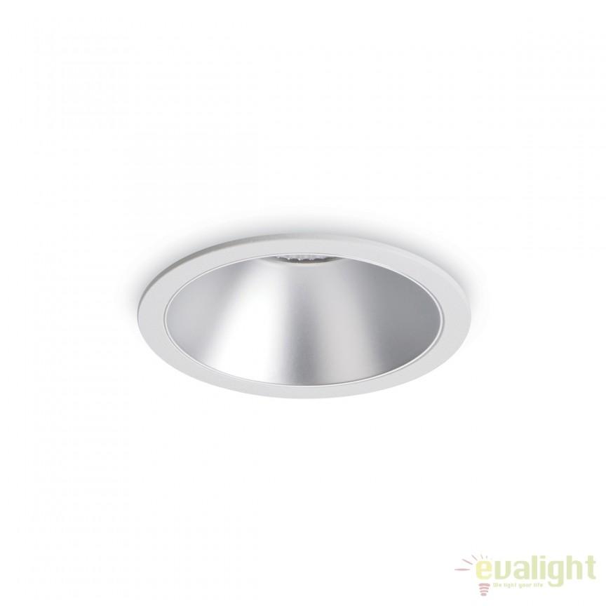Spot LED incastrabil design modern GAME FI1 ROUND alb / argintiu 192284, Spoturi LED incastrate, aplicate, Corpuri de iluminat, lustre, aplice, veioze, lampadare, plafoniere. Mobilier si decoratiuni, oglinzi, scaune, fotolii. Oferte speciale iluminat interior si exterior. Livram in toata tara.  a