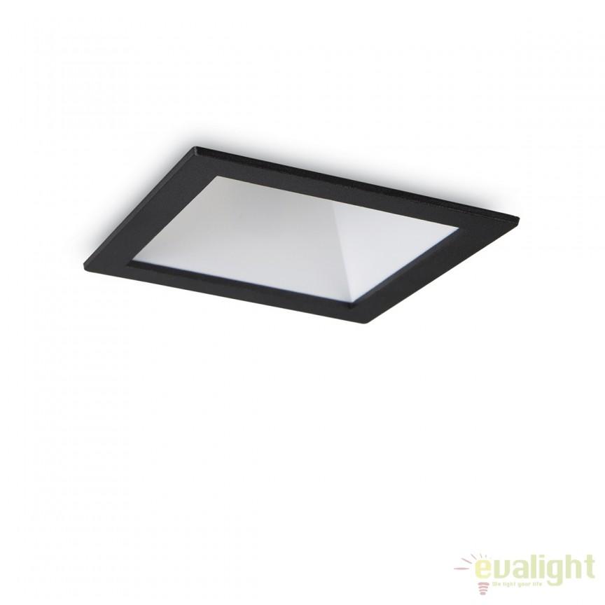 Spot LED incastrabil design modern GAME FI1 SQUARE negru / alb 192406 , Spoturi LED incastrate, aplicate, Corpuri de iluminat, lustre, aplice, veioze, lampadare, plafoniere. Mobilier si decoratiuni, oglinzi, scaune, fotolii. Oferte speciale iluminat interior si exterior. Livram in toata tara.  a