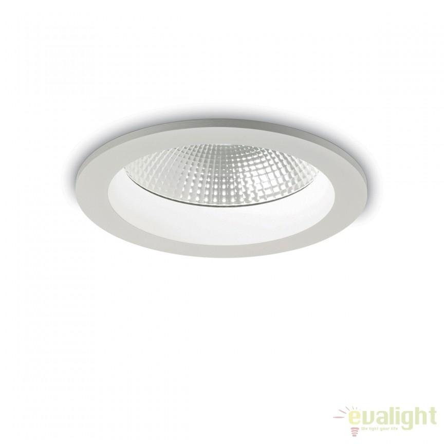 Spot LED incastrabil pentru baie BASIC ACCENT 40W 4000K IP44 193397, Plafoniere cu protectie pentru baie, Corpuri de iluminat, lustre, aplice, veioze, lampadare, plafoniere. Mobilier si decoratiuni, oglinzi, scaune, fotolii. Oferte speciale iluminat interior si exterior. Livram in toata tara.  a