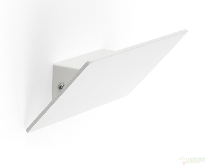 Aplica de ambient cu iluminat indirect, DALLAS LED 63199 , ILUMINAT INTERIOR LED , ⭐ modele moderne de lustre LED cu telecomanda potrivite pentru living, bucatarie, birou, dormitor, baie, camera copii (bebe si tineret), casa scarii, hol. ✅Design de lux premium actual Top 2020! ❤️Promotii lampi LED❗ ➽ www.evalight.ro. Alege oferte la sisteme si corpuri de iluminat cu LED dimabile (becuri cu leduri si module LED integrate cu lumina calda, naturala sau rece), ieftine si de lux, calitate deosebita la cel mai bun pret. a