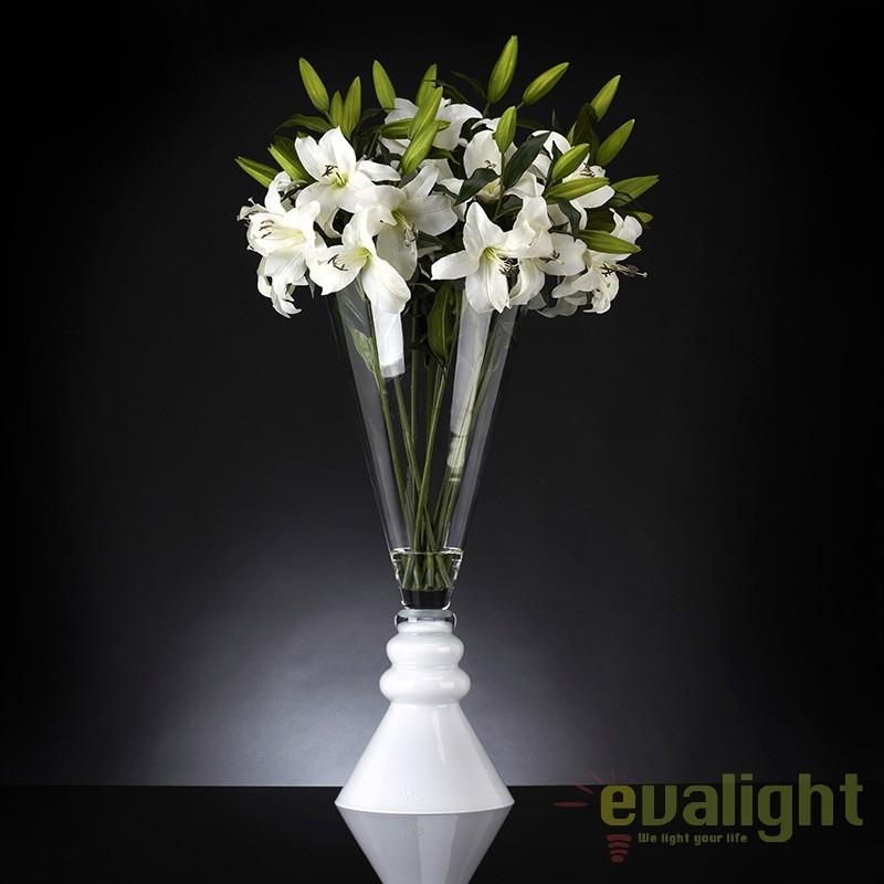 Aranjament floral ETERNITY PAMPLONA LILIUM 1141342.95, Aranjamente florale LUX, Corpuri de iluminat, lustre, aplice, veioze, lampadare, plafoniere. Mobilier si decoratiuni, oglinzi, scaune, fotolii. Oferte speciale iluminat interior si exterior. Livram in toata tara.  a