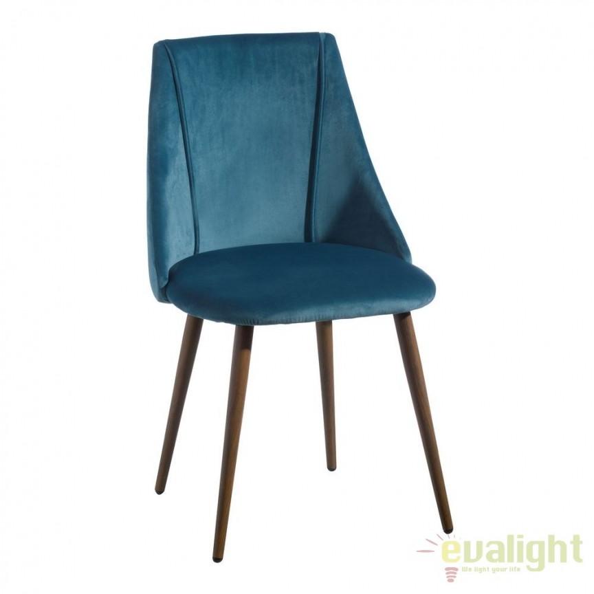 Set de 2 scaune elegante cu tapiterie din catifea Arnulfe, albastru SX-103769, Seturi scaune dining, scaune HoReCa, Corpuri de iluminat, lustre, aplice, veioze, lampadare, plafoniere. Mobilier si decoratiuni, oglinzi, scaune, fotolii. Oferte speciale iluminat interior si exterior. Livram in toata tara.  a