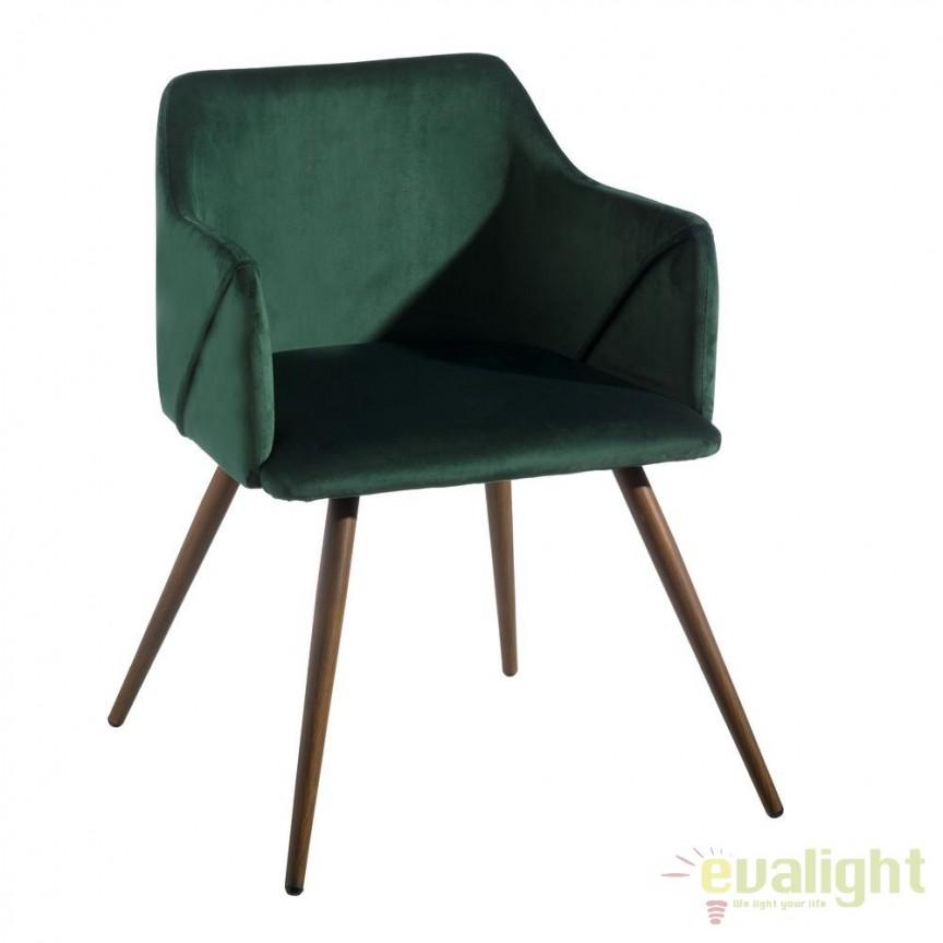 Set de 2 scaune cu brate, tapiterie din catifea, Arnulfe, verde SX-103772, Seturi scaune dining, scaune HoReCa, Corpuri de iluminat, lustre, aplice, veioze, lampadare, plafoniere. Mobilier si decoratiuni, oglinzi, scaune, fotolii. Oferte speciale iluminat interior si exterior. Livram in toata tara.  a