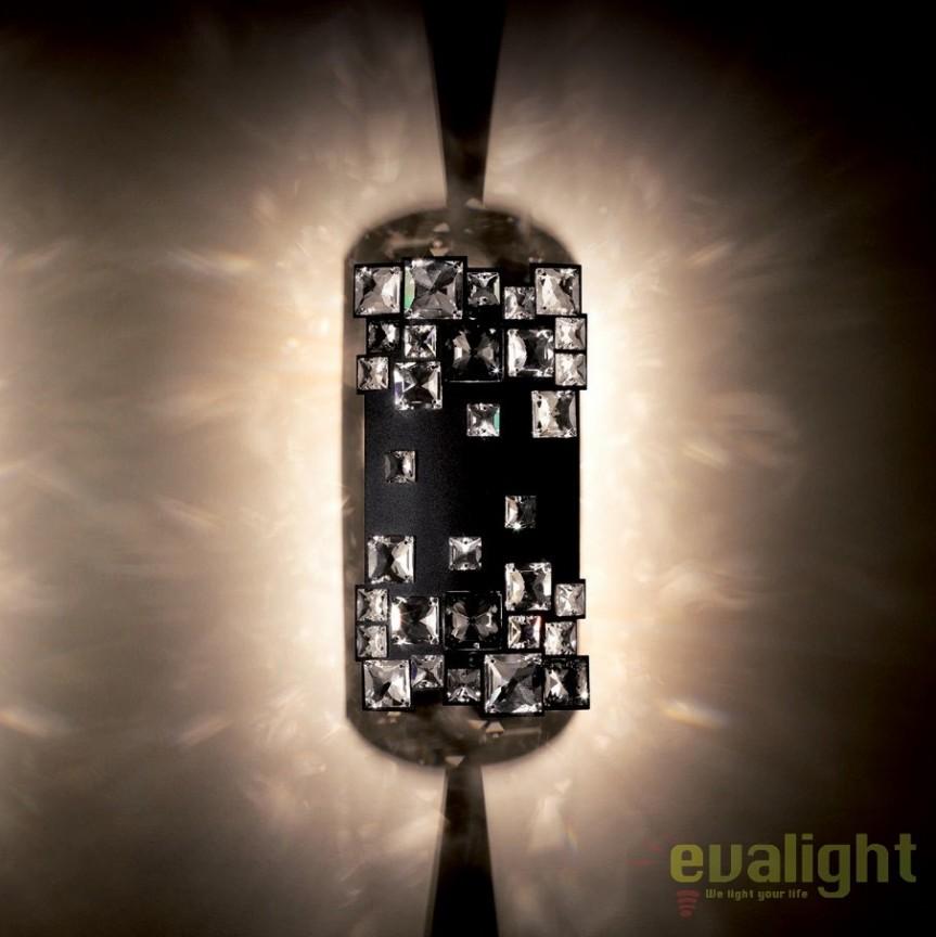 Aplica design LUX cristal Swarovski Mosaix SMX615, negru A9950NR700281, Aplice Cristal Swarovski, Corpuri de iluminat, lustre, aplice, veioze, lampadare, plafoniere. Mobilier si decoratiuni, oglinzi, scaune, fotolii. Oferte speciale iluminat interior si exterior. Livram in toata tara.  a