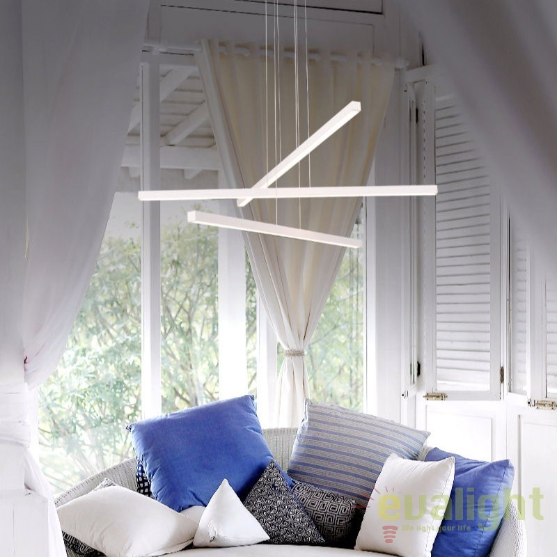 Lustra cu 3 pendule, eleganta iluminat LED Anitra LED-M50279, Magazin, Corpuri de iluminat, lustre, aplice, veioze, lampadare, plafoniere. Mobilier si decoratiuni, oglinzi, scaune, fotolii. Oferte speciale iluminat interior si exterior. Livram in toata tara.  a