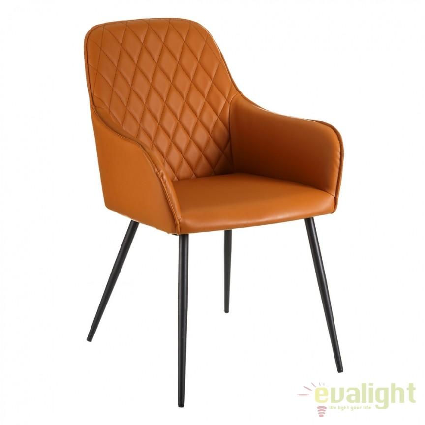 Scaun design elegant Jools piele sintetica DZ-105443, Scaune dining , Corpuri de iluminat, lustre, aplice, veioze, lampadare, plafoniere. Mobilier si decoratiuni, oglinzi, scaune, fotolii. Oferte speciale iluminat interior si exterior. Livram in toata tara.  a