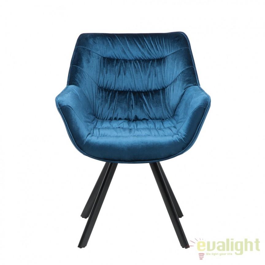 Set de 2 scaune cu design ergonomic ideale pentru sufragerii, sali de conferinta sau birouri, Dutch Comfort catifea albastra A-38597 VC, Seturi scaune dining, scaune HoReCa, Corpuri de iluminat, lustre, aplice, veioze, lampadare, plafoniere. Mobilier si decoratiuni, oglinzi, scaune, fotolii. Oferte speciale iluminat interior si exterior. Livram in toata tara.  a