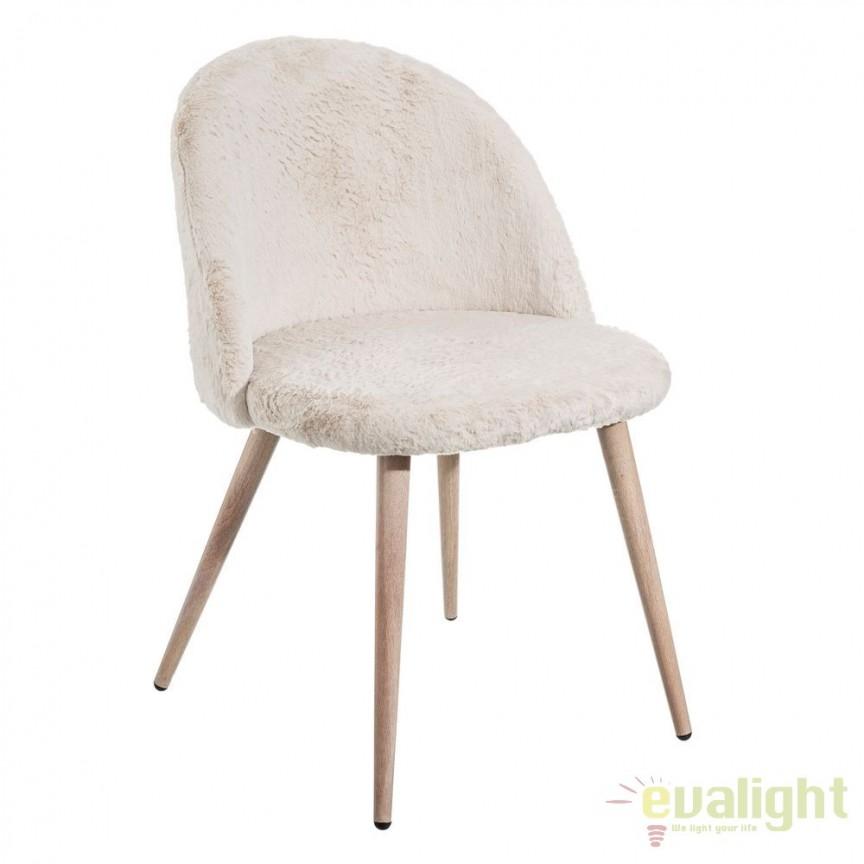 Set de 2 scaune tapitate cu blana sintetica, NÓRDICO, alb SX-105384, Seturi scaune dining, scaune HoReCa, Corpuri de iluminat, lustre, aplice, veioze, lampadare, plafoniere. Mobilier si decoratiuni, oglinzi, scaune, fotolii. Oferte speciale iluminat interior si exterior. Livram in toata tara.  a