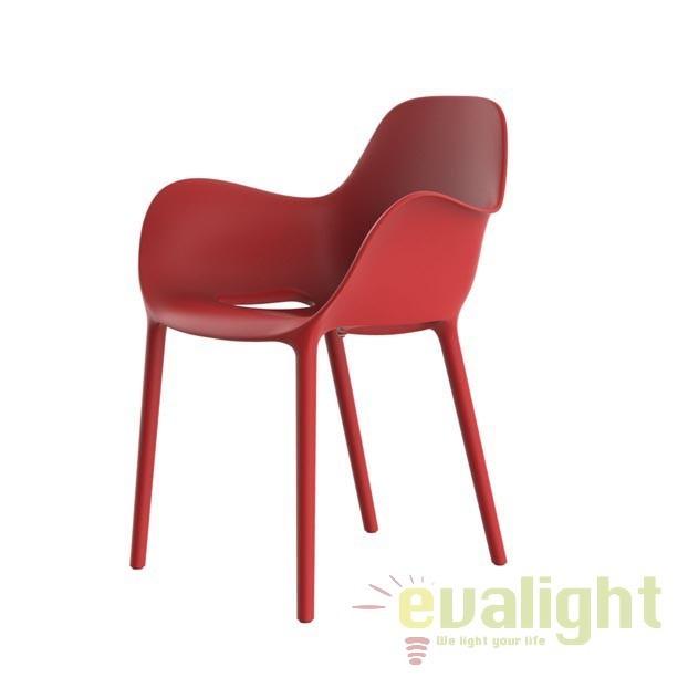 Fotoliu-scaun modern SABINAS Vondom, Magazin, Corpuri de iluminat, lustre, aplice, veioze, lampadare, plafoniere. Mobilier si decoratiuni, oglinzi, scaune, fotolii. Oferte speciale iluminat interior si exterior. Livram in toata tara.  a