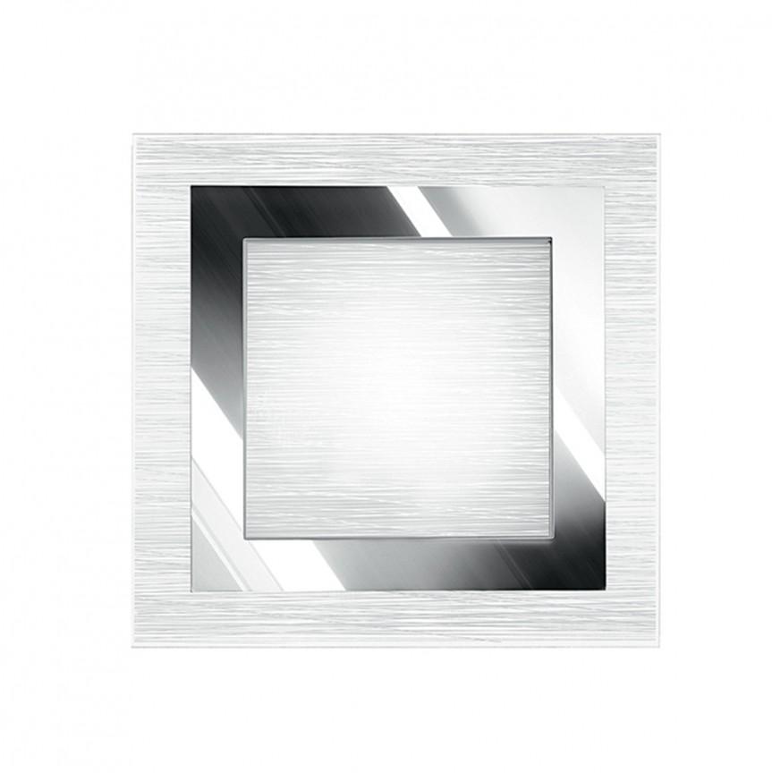 Aplica perete moderna square OAK, Aplice de perete simple, Corpuri de iluminat, lustre, aplice, veioze, lampadare, plafoniere. Mobilier si decoratiuni, oglinzi, scaune, fotolii. Oferte speciale iluminat interior si exterior. Livram in toata tara.  a