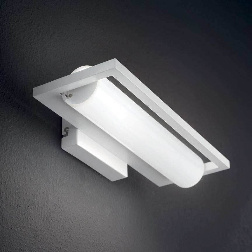 Aplica LED design modern SUBWAY AP 224480 IDL, Aplice pentru baie / oglinda / tablou, LED⭐ modele moderne rezistente la apa potrivite in baie. ✅Design premium actual Top 2020! ❤️Promotii lampi❗ ➽ www.evalight.ro. Alege oferte la corpuri de iluminat interior pt perete baie si tavan (plafon) cu protectie la umiditate, ieftine sau de lux, calitate deosebita la cel mai bun pret! a