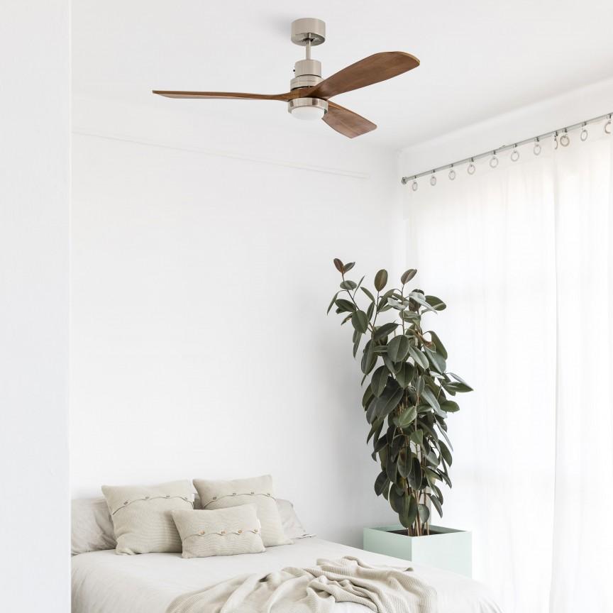 Lustra LED cu Ventilator si telecomanda design modern LANTAU nickel/nuc, Lustre cu ventilator de tavan⭐ modele moderne de ventilatoare cu iluminat LED (lumina) si telecomanda.✅Sisteme de ventilatie profesionale pt ventilare casa sau birou.❤️Promotii candelabre cu ventilator❗ ➽www.evalight.ro. Alege oferte la corpuri de iluminat cu ventilator de plafon sau de perete pentru camera: living, baie, bucatarie, dormitor, ieftine sau de lux, calitate premium la cel mai bun pret! a