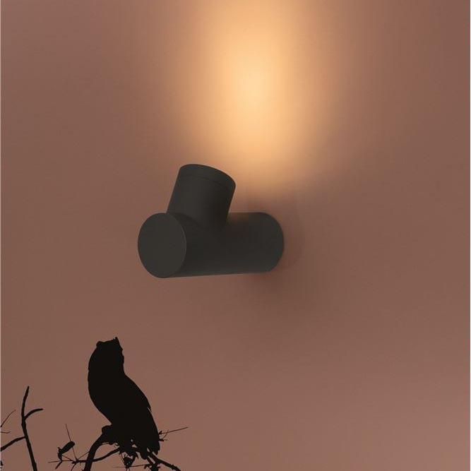 Aplica lumina ambientala perete exterior IP65 RAMO VL-9291701, Aplice de exterior moderne , LED⭐modele de lampi potrivite pentru iluminare perete casa, terasa, curte si gradina.✅Design premium actual Top 2020!❤️Promotii Aplice de perete exterior❗ ➽ www.evalight.ro. Alege oferte la corpuri de iluminat decorative rezistente la apa, cu lumina ambientala, (solare cu panou solar si senzori de miscare, becuri economice cu LED), ieftine si de lux, calitate deosebita la cel mai bun pret. a