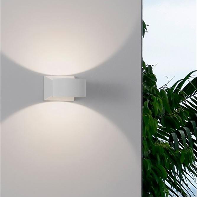 Aplica LED moderna de exterior cu iluminat ambiental Up & Down IP54 CHEZ I, Aplice de exterior moderne , LED⭐modele de lampi potrivite pentru iluminare perete casa, terasa, curte si gradina.✅Design premium actual Top 2020!❤️Promotii Aplice de perete exterior❗ ➽ www.evalight.ro. Alege oferte la corpuri de iluminat decorative rezistente la apa, cu lumina ambientala, (solare cu panou solar si senzori de miscare, becuri economice cu LED), ieftine si de lux, calitate deosebita la cel mai bun pret. a