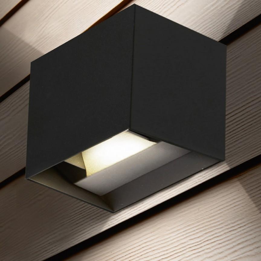 Aplica LED moderna de exterior cu iluminat ambiental Outdoor 4632BK SRT, Aplice de exterior moderne LED⭐modele de lampi potrivite pentru iluminare perete casa, terasa, curte si gradina.✅Design premium actual Top 2020!❤️Promotii Aplice de perete exterior❗ ➽ www.evalight.ro. Alege oferte la corpuri de iluminat decorative rezistente la apa, cu lumina ambientala, (solare cu panou solar si senzori de miscare, becuri economice cu LED), ieftine si de lux, calitate deosebita la cel mai bun pret. a