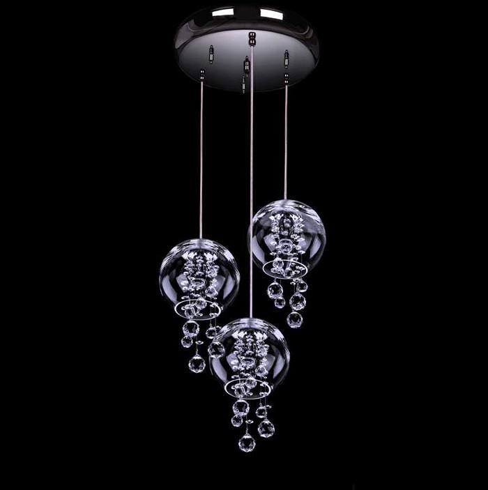 Lustra deosebita design LUX cu 3 pendule TALE OF RAIN 03-CH, Lustre cristal si Corpuri de iluminat suspendate⭐ modele de lux elegante din cristal Stil Exclusive.✅Design Premium Top 2021!❤️Promotii lampi❗ Magazin online➽www.evalight.ro. Alege oferte la candelabre din cristal Bohemia, Swarovski, Asfour, sticla de Murano, Venezian pentru interior imperial baroc, suspensii de tip candelabre cu stil clasic traditional sau modern, cu decoratiuni din cristal slefuit manual, abajur de material textil, brate tip lumanare cu bec-uri cu filament normal, vintage Edison sau LED, potrivite pentru camere mari, horeca (bar, hotel, restaurant, pensiune, sali de nunti ), spatii comerciale sau casa (living, dormitor, bucatarie, casa scarii), de calitate înalta la cel mai bun pret. a