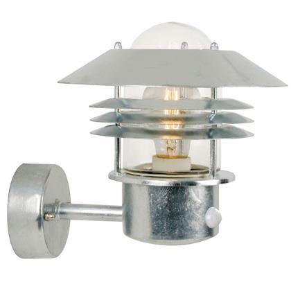 Aplica de perete exterior cu senzor, IP54 Vejers Up GS 25101031NL, Magazin, Corpuri de iluminat, lustre, aplice, veioze, lampadare, plafoniere. Mobilier si decoratiuni, oglinzi, scaune, fotolii. Oferte speciale iluminat interior si exterior. Livram in toata tara.  a