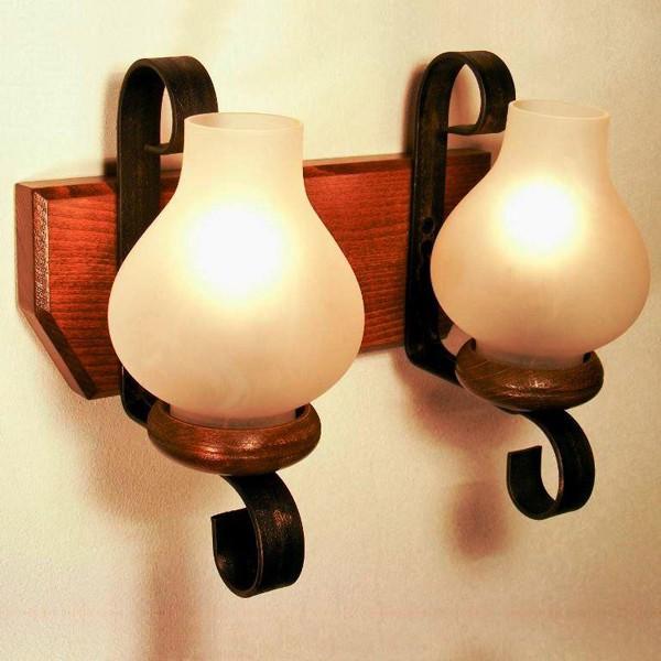 Aplica de perete rustica fabricata manual din lemn Trapez WOOD-TR-AP2, Magazin, Corpuri de iluminat, lustre, aplice, veioze, lampadare, plafoniere. Mobilier si decoratiuni, oglinzi, scaune, fotolii. Oferte speciale iluminat interior si exterior. Livram in toata tara.  a